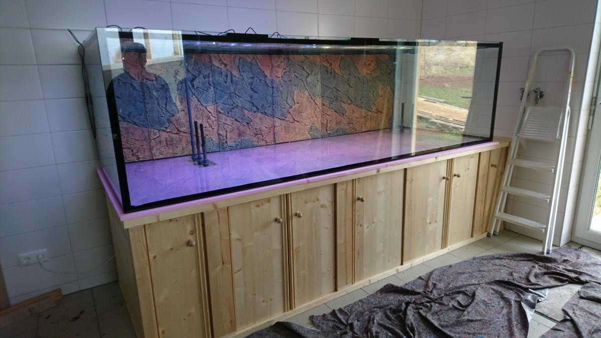 aquarium 270x100x75,1900 Liter